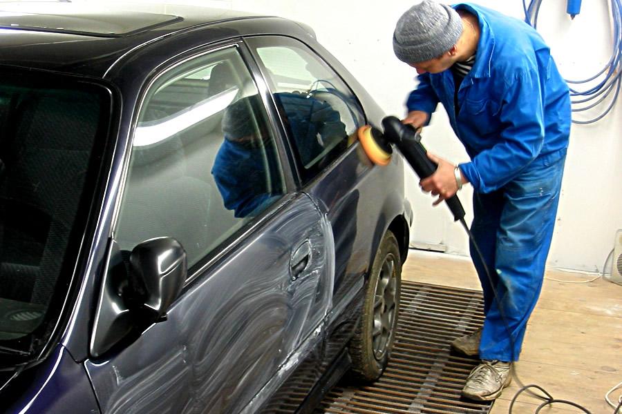 Очистка кузова автомоблия для нанесения жидкого стекла